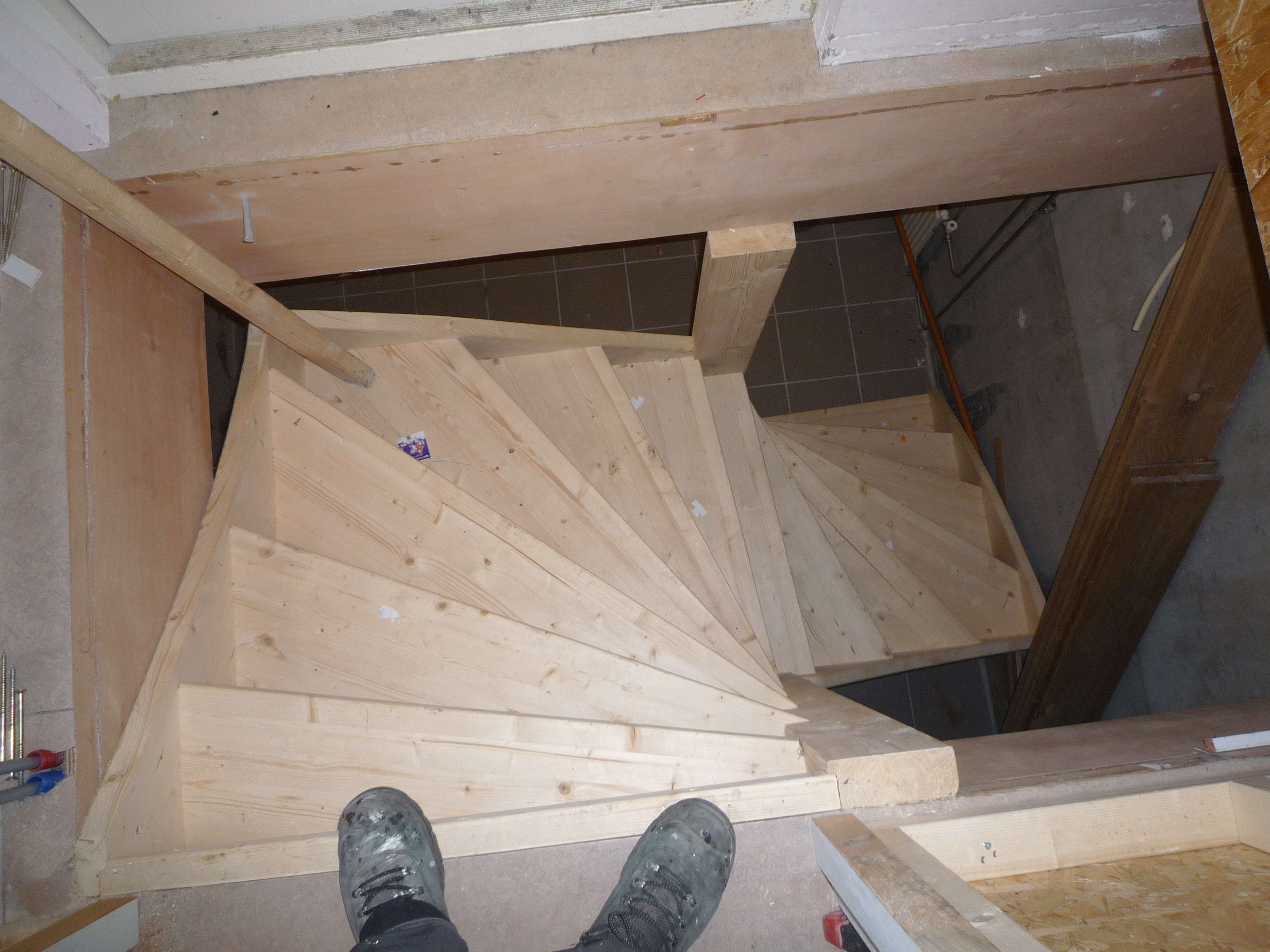 Handgemaakte houten trap