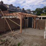 aanbouw van tuinmeubel